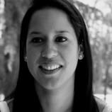 Stephanie Arteaga Pilco. Licenciada en Psicología Clínica (Universidad de Azuay, Ecuador). Máster en Psicoanálisis con mención a la educación (Universidad Católica de Guayaquil, Ecuador). Máster en Neuropsicología (Universidad de Salamanca).